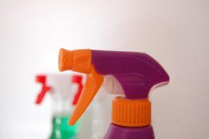 Spray do czyszenia